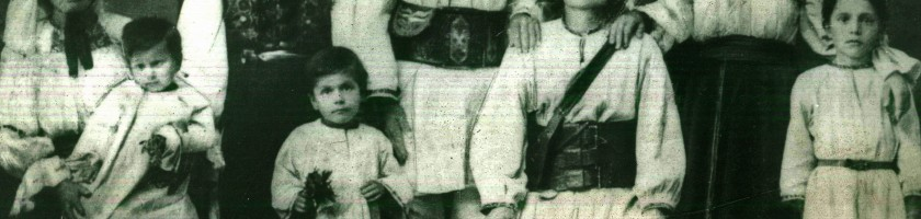 Izidor Todoran cu familia in 1905 in vizita la Reghin