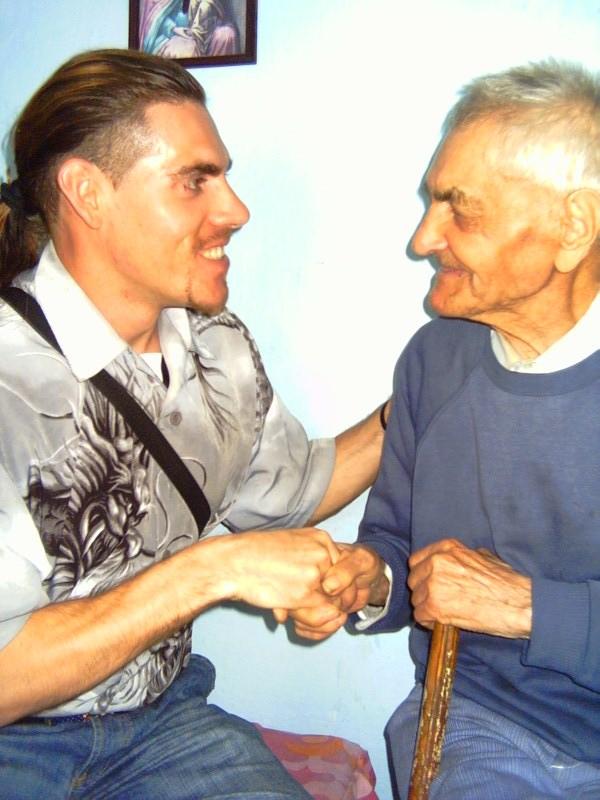 Robert la 26 de ani si Luca Vasile la 101 ani