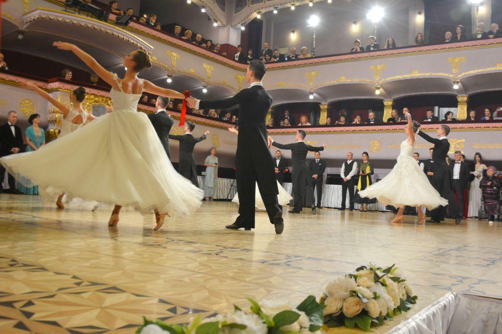 balul palatului (13)