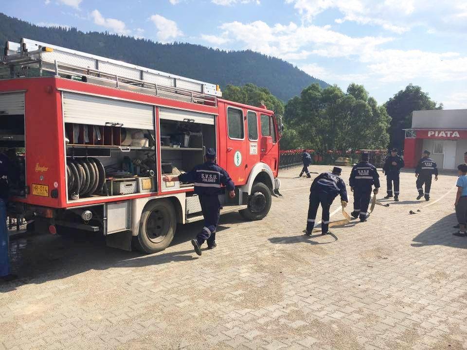 1 tulghes pompieri contrast