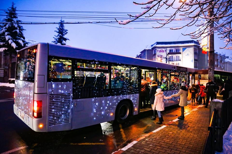 autobuzul lui mos craciun 2