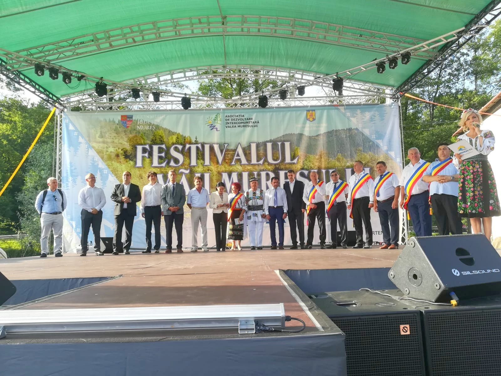 deschidere festival