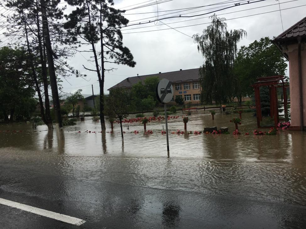 inundatii Suseni 7